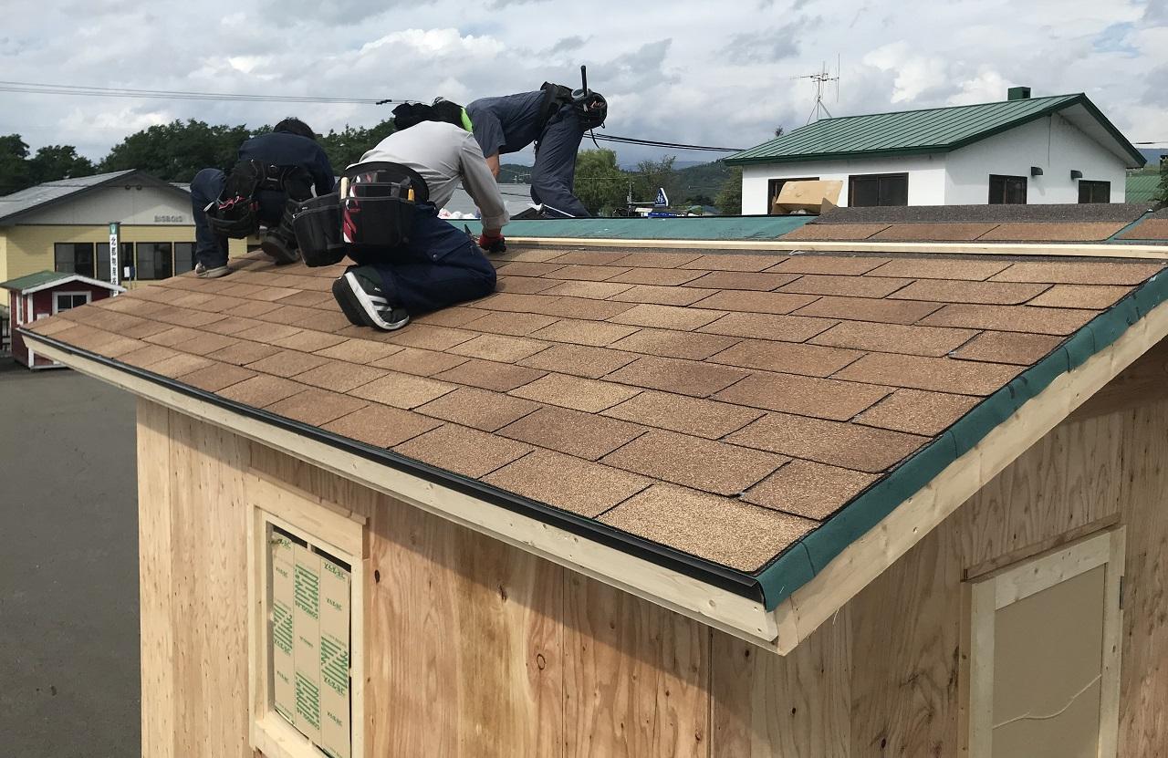 小屋作りでは屋根資材費が比率が大きい