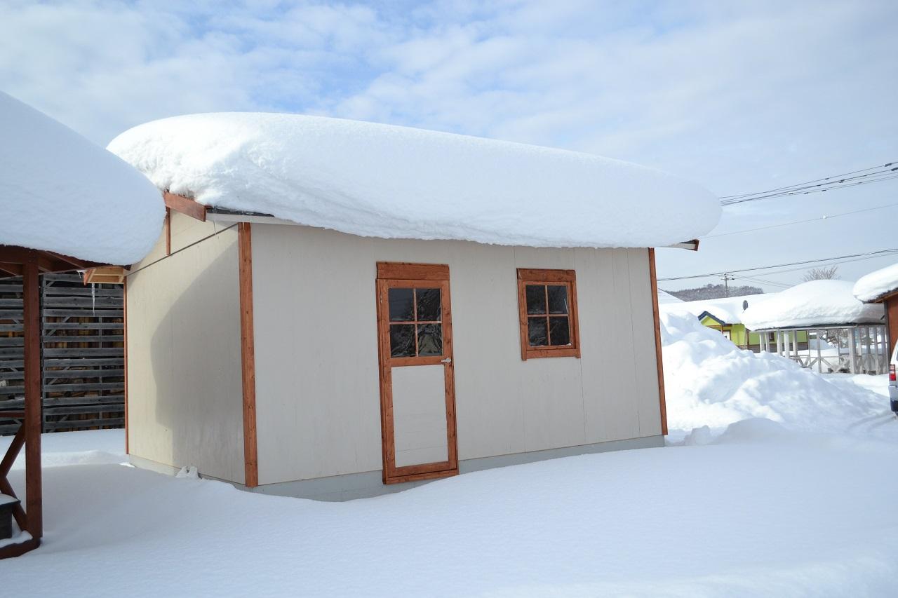隣地への雪や雨にも注意