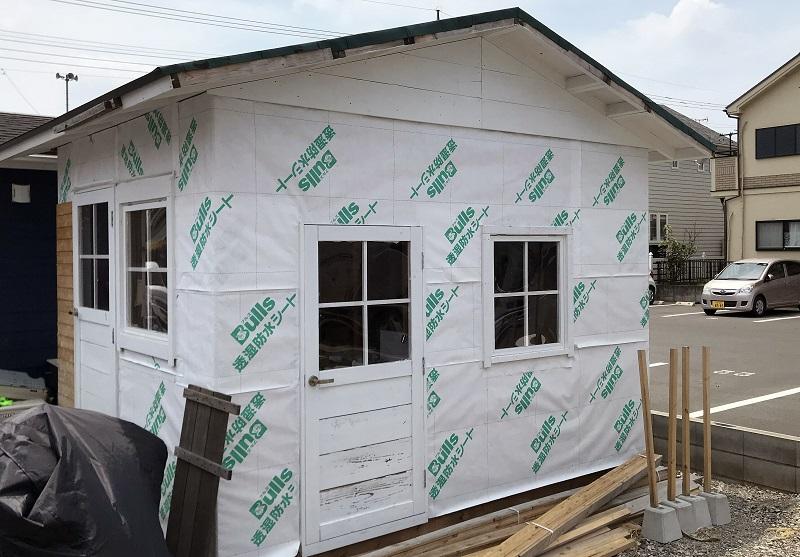 建築材料は水蒸気を通すので、実際のところ気密防湿層だのみです。